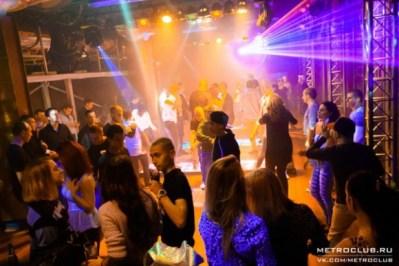 Vita-notturna-San-Pietroburgo-Metro-Club-580x387