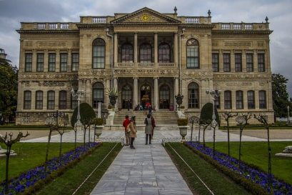 Dolmabahce-palace-istanbul-turkey