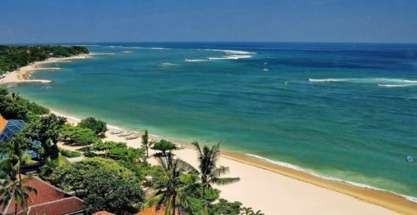 Picture-of-Popular-Beach-in-Bali
