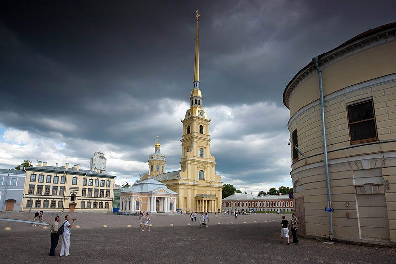 cathedral-of-ss-peter-and-paul-in-st-petersburg
