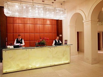 Hotel_Reception