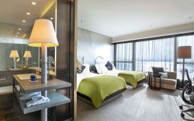 who1965gr-158832-Guest-Room---Fabulous-Room-G-A-Design-1600x900