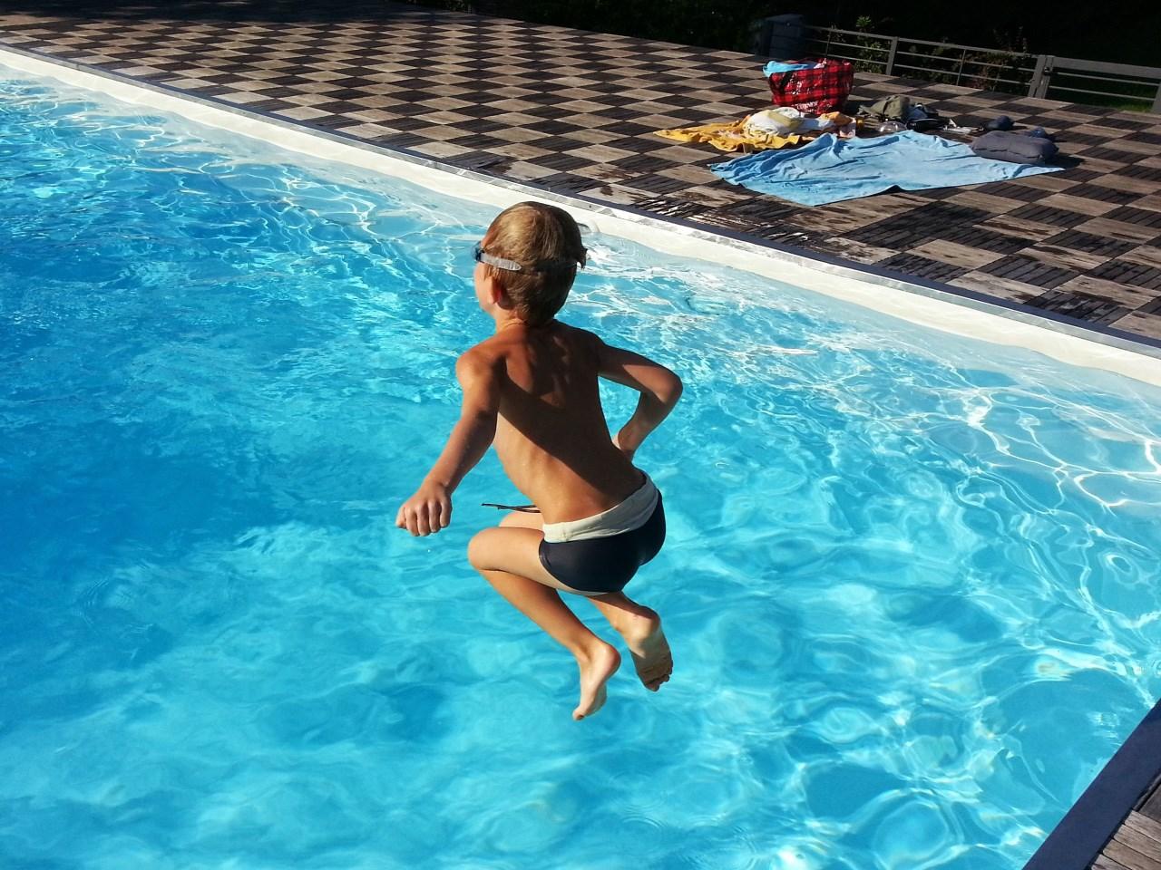 swimsuit_1528744605350.jpg