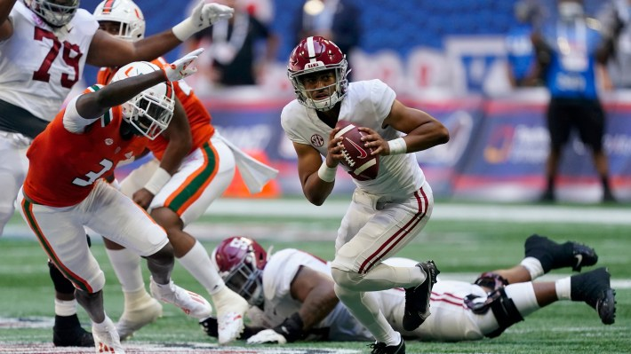 Young throws 4 TDs, No. 1 Alabama routs No. 14 Miami 44-13 – KGET 17