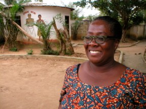 Vida Ahama, longtime teacher at KOBLAS