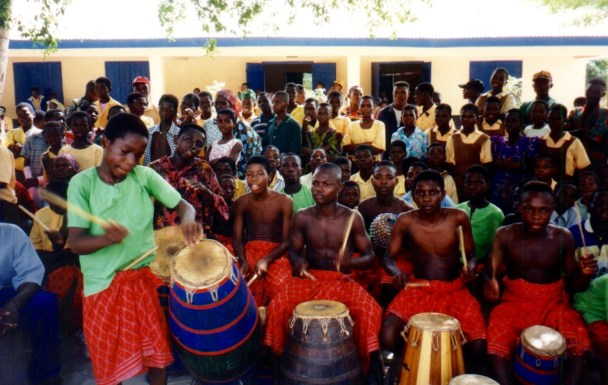 KOBLAS Cultural Troupe, Yaotse on atsimevu, George on sogo, Mensah on kaganu