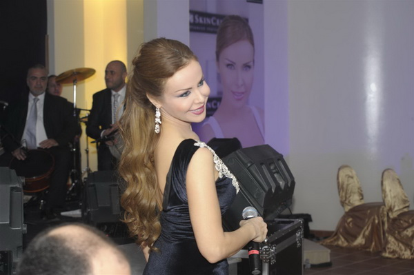 Rola Saad in Performance- 4