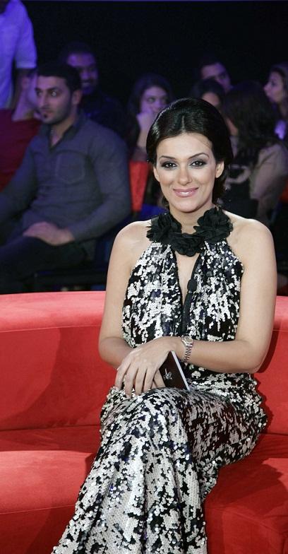 MBC1 Bahlam Beek - Presenter Angie Moukadem