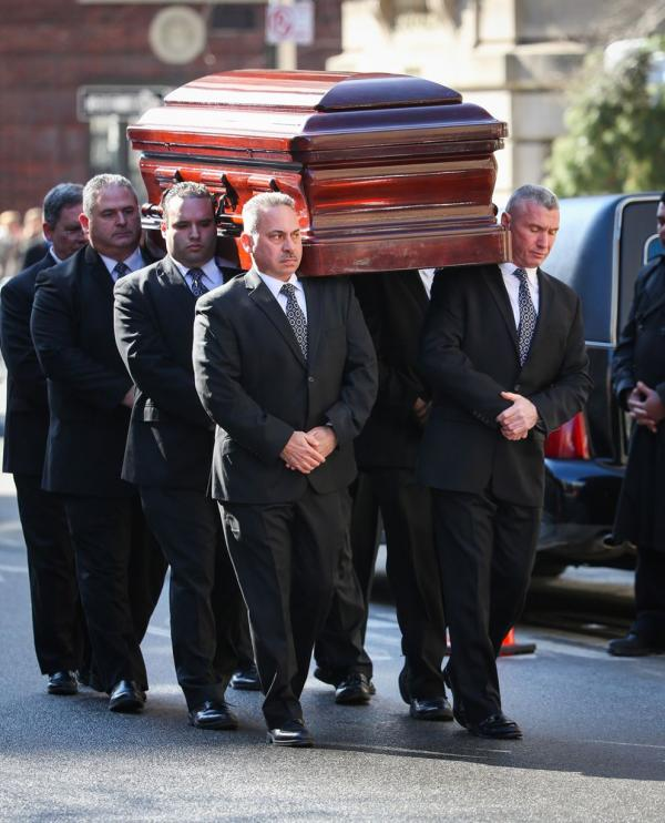 1391843367_Philip-Seymour-Hoffman-funeral-3122707
