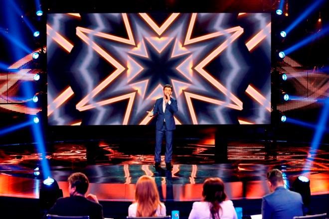 MBC1 & MBC MASR Arab Idol S3 - Live Round -  Ammar Al Koufi (1)