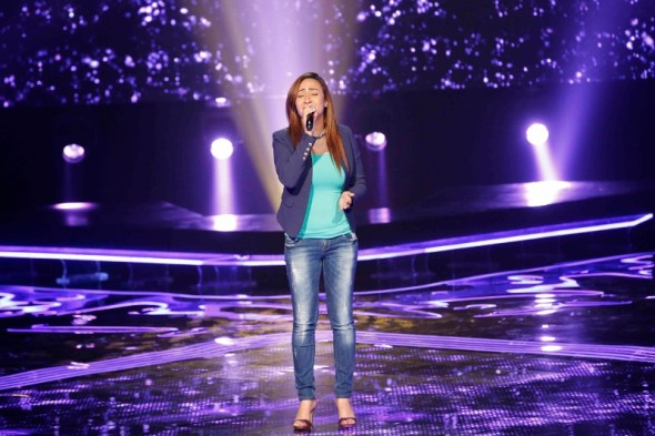 MBC1 & MBC MASR the Voice S3 - Blind 3 - Chirine's team - Amira Abu Zeid (800x533)