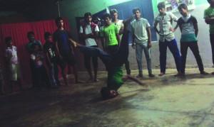 14-11-13 Manoranjan - Dance Academy