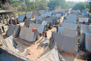 vbk-30-relief_camp_1703998g
