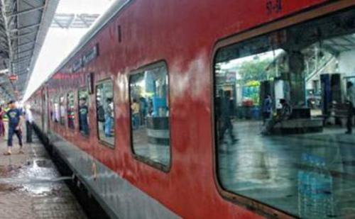 अत्याधुनिक होगी रेलवे,स्टेशनो पर लगेगे वाई-फाई