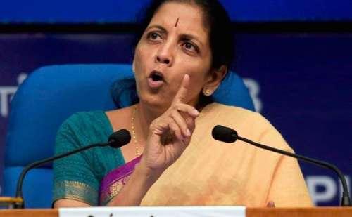 रक्षामंत्री निर्मला सीतारमण ने साधा राहुल गांधी पर निशाना, राहुल के खानदान को चोर बताया