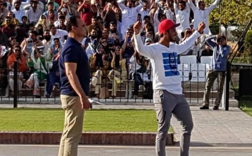 बाघा बॉर्डर पर परेड सेरेमनी के समय पाकिस्तानी क्रिकेटर हसन अली ने की एसी घटिया हरकत