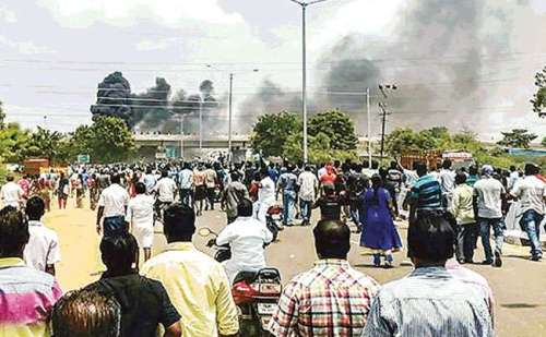 तमिलनाडु में अफवाहों से भड़की हिंसा के बाद इंटरनेट सेवा बंद