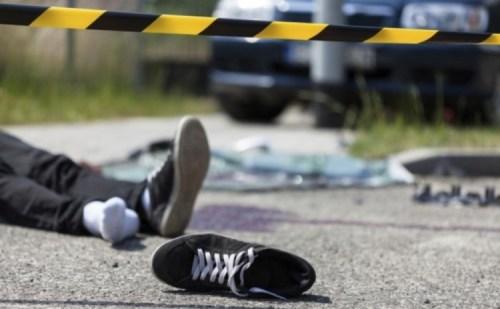 नशे में धुत कैंटर चालक ने ओवरटेक के चक्कर में 2 छात्रों को कुचला