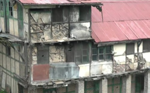 250 भवन जर्जर घोषित, प्रशासन ढ़हाने को लेकर लापरवाह