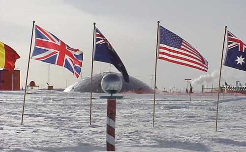 अंटार्कटिका पर अपना पहला स्थायी हवाई अड्डा बनाएगा चीन