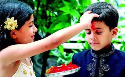 भारतीय परंपराओं में रिश्तों की अहमियत सिखाता है भैया दूज पर्व …