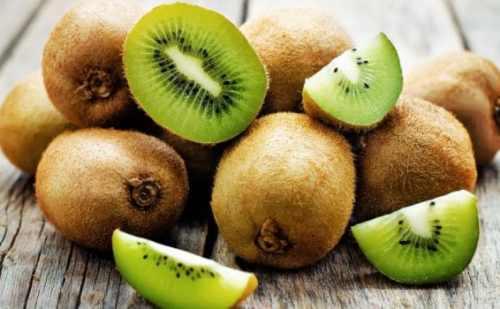 हमारे इस लेख में जानिए , ऐसे फल के बारे में जिससे चेहरे की खोई हुई चमक और बढ़ती उम्र का फर्क दिखाई नहीं देता