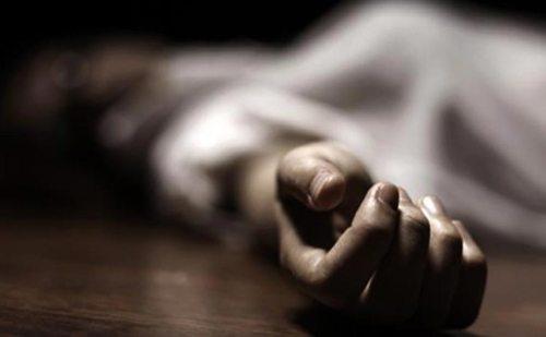फाटक पार करते वक्त ट्रेन की चपेट में आई युवती, मौके पर हुई मौत