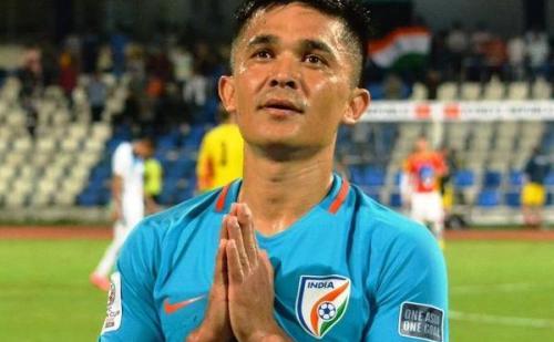भारत के पहले फुटबॉल रत्न बने छेत्री,अंतरराष्ट्रीय स्तर पर सबसे ज्यादा गोल करने वाले दिग्गज फुटबॉल खिलाड़ी हैं सुनील छेत्री….