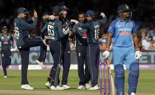 न्यजीलैंड ने भारत को 4 रन से दी मात, सिरिज पर 2-1 से किया कब्जा