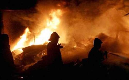 दिल्ली : कार में आग लगने से जिंदा जली मां सहित दो बेटियां