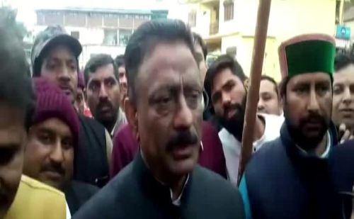 कांग्रेस की जनचेतना यात्रा पहुंची दून विधानसभा क्षेत्र, कुलदीप सिंह राठौर ने कार्यकर्ताओं को किया संबोधित