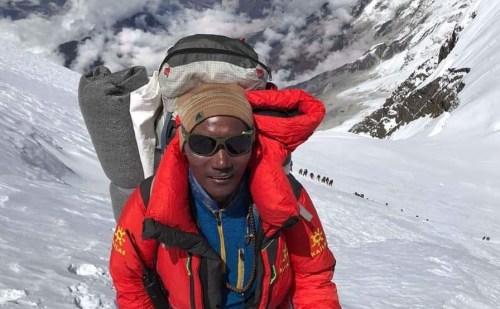 49 वर्षीय नेपाली शेरपा कामी रीता ने तोड़ा अपना ही रिकॉर्ड