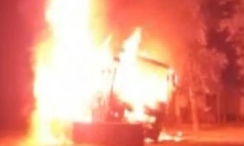 हैदराबाद से दिल्ली जा रही तेलंगाना एक्सप्रेस में लगी भयंकर आग, बाल-बाल बचे सभी यात्री