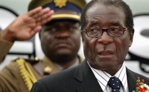जिम्बाब्वे के पूर्व राष्ट्रपति रॉबर्ट मुगाबे का 95 वर्ष की आयु में निधन