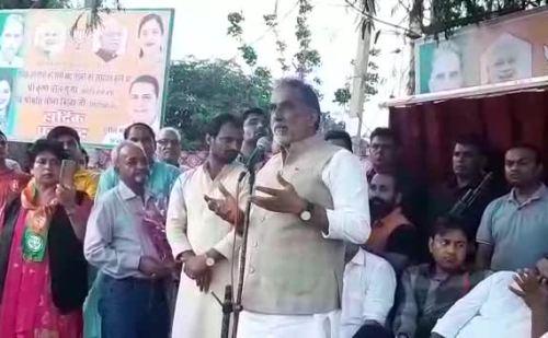 कश्मीर के मुद्दे पर कांग्रेस और पाकिस्तान एक हैं – कृष्णपाल गुर्जर