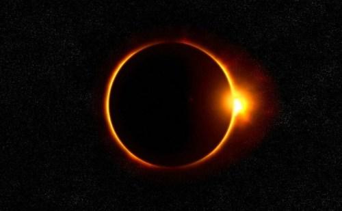 Solar Eclipse 2019: जानिए सूर्य ग्रहण के दैरान क्या खाएं क्या नहीं