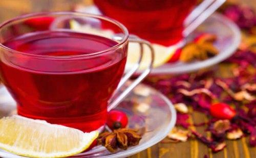 गुड़हल की चाय पीने से सर्दी-जुकाम और गले के दर्द से मिलेगा छुटकारा