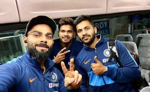 ऑकलैंड पहुंची भारतीय किक्रेट टीम, कोहली ने शेयर की सेल्फी