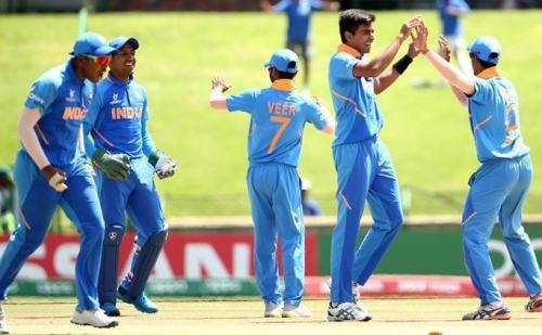 U19 WC: भारतीय टीम ने अंडर-19 वर्ल्ड कप के पहले सेमीफाइनल में पाकिस्तान को 172 रनों पर किया ढेर