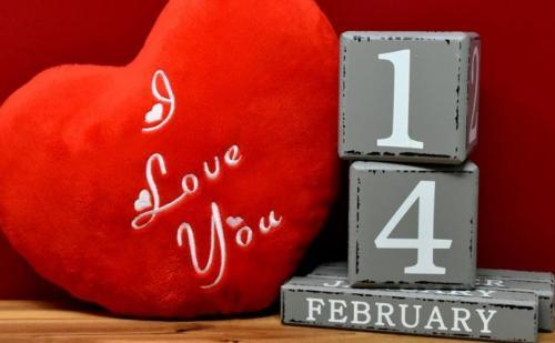 कल यानि 7 फरवरी से शुरु होने वाला है वैलेंटाइन्स डे वीक, जानिए कब आता है कौन सा दिन