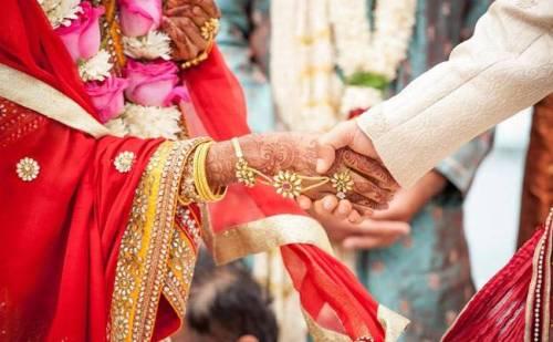 HIV संक्रमित होने की बात छुपाकर युवक ने रचाई शादी, अब ऐसे हुआ खुलासा