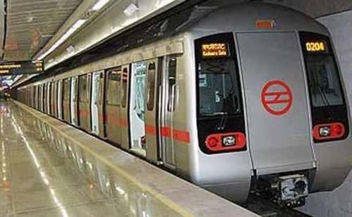 5 महीने बाद फिर से पटरी पर लौटी दिल्ली मेट्रो, यहां देखिए तस्वीरें