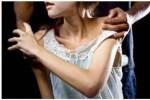 एक बार फिर दिल्ली हुई शर्मशार पत्थर से कुचलने की दी धमकी, फिर बेटी के सामने किया मां से रेप