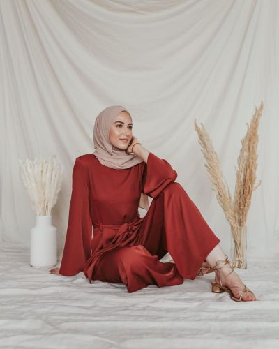 inayahc-modesty-meaning-bloggers-brands-influence-wardrobe-choices-modest-fashion-lifestyle-khairahscorner