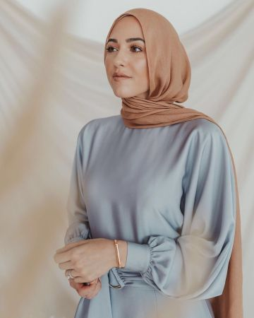 withloveleena-modesty-meaning-bloggers-brands-influence-wardrobe-choices-modest-fashion-lifestyle-khairahscorner
