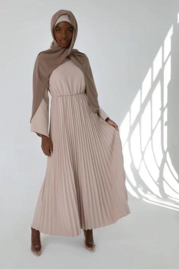 imani-blush-pleated-maxi-dress-blogpost-veiled-collection-khairahscorner-shopping-list-$95
