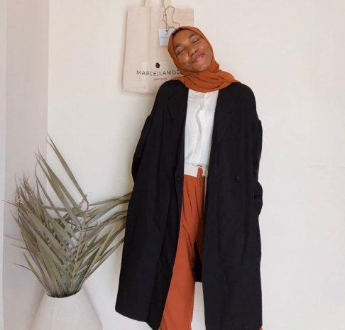 how-to-style-marcellamoda-black-colby-coat-5-ways-blogpost-khairahscorner-cara-cargo-pants-veiled-collection-pinterest