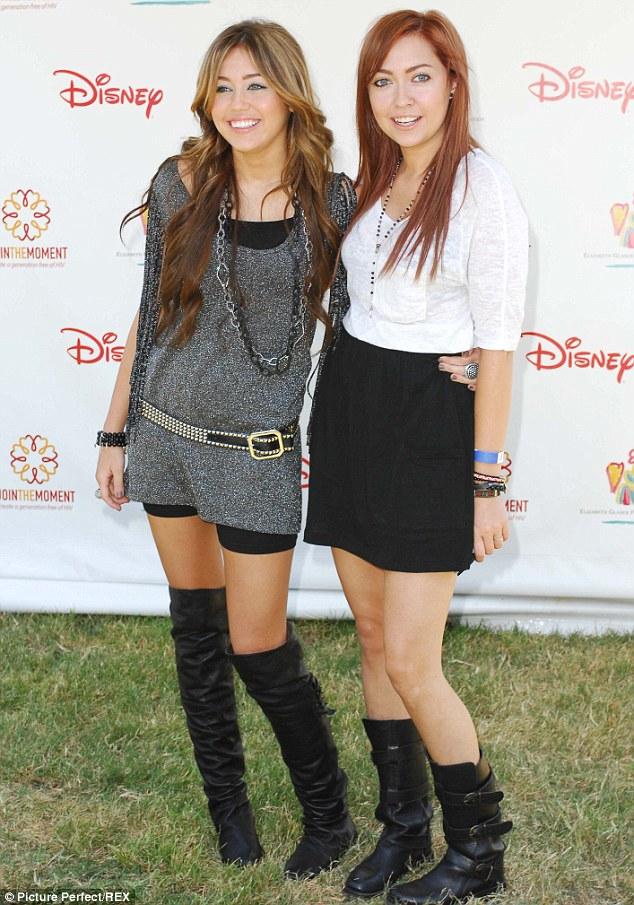 Miley Cyrus Sister Brandi Cyrus And Noah Cyrus