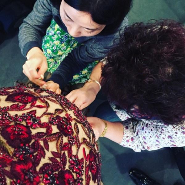 Pregnant Chrissy Teigen looks in Her Oscars 2016 Red Carpet Dress