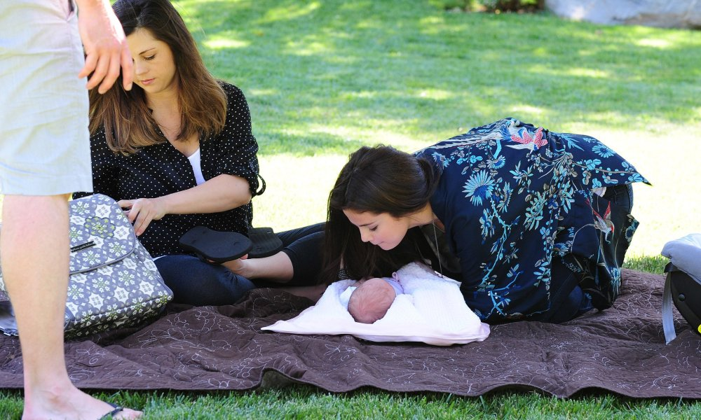 Selena Gomez with her baby sister Gracie Elliot